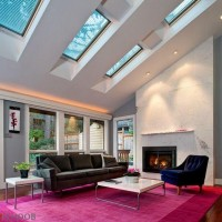 Vivid-and-brilliant-living-room-design-studded-with-chic-skylights